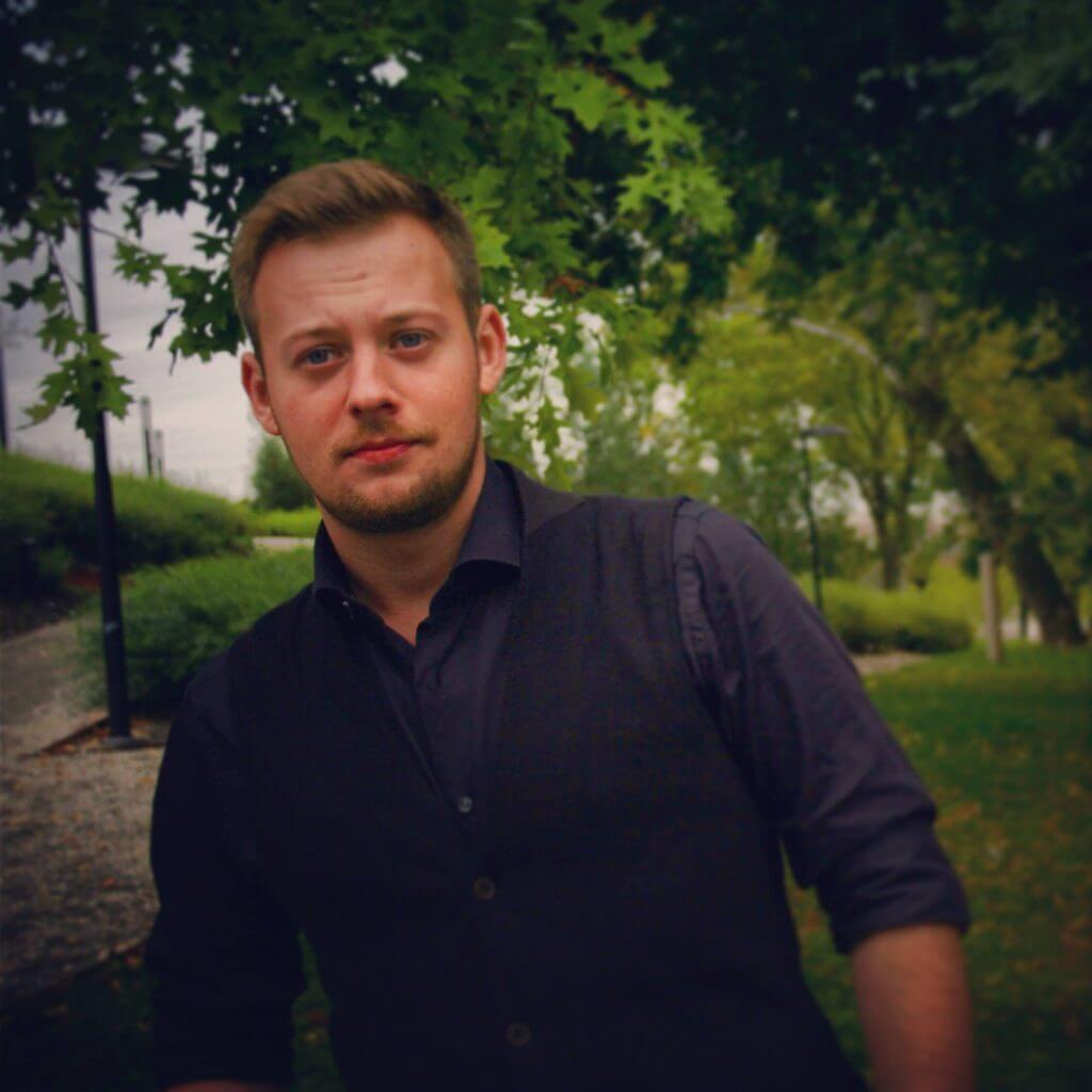 Grzegorz Miecznikowski
